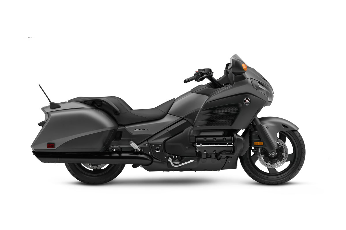 2016 honda goldwing f6b for sale at teammoto new bikes springwood honda. Black Bedroom Furniture Sets. Home Design Ideas